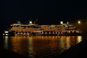 Navio de Cruzeiro a Noite